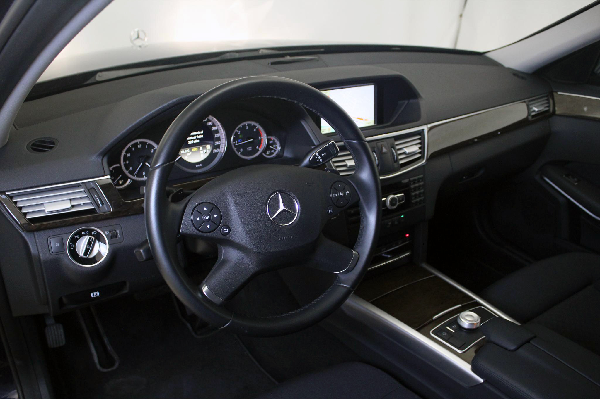 Mercedes-Benz Clase E CLASE E 250 CDI BLUE EFFICIENCY AUTO imagen 25