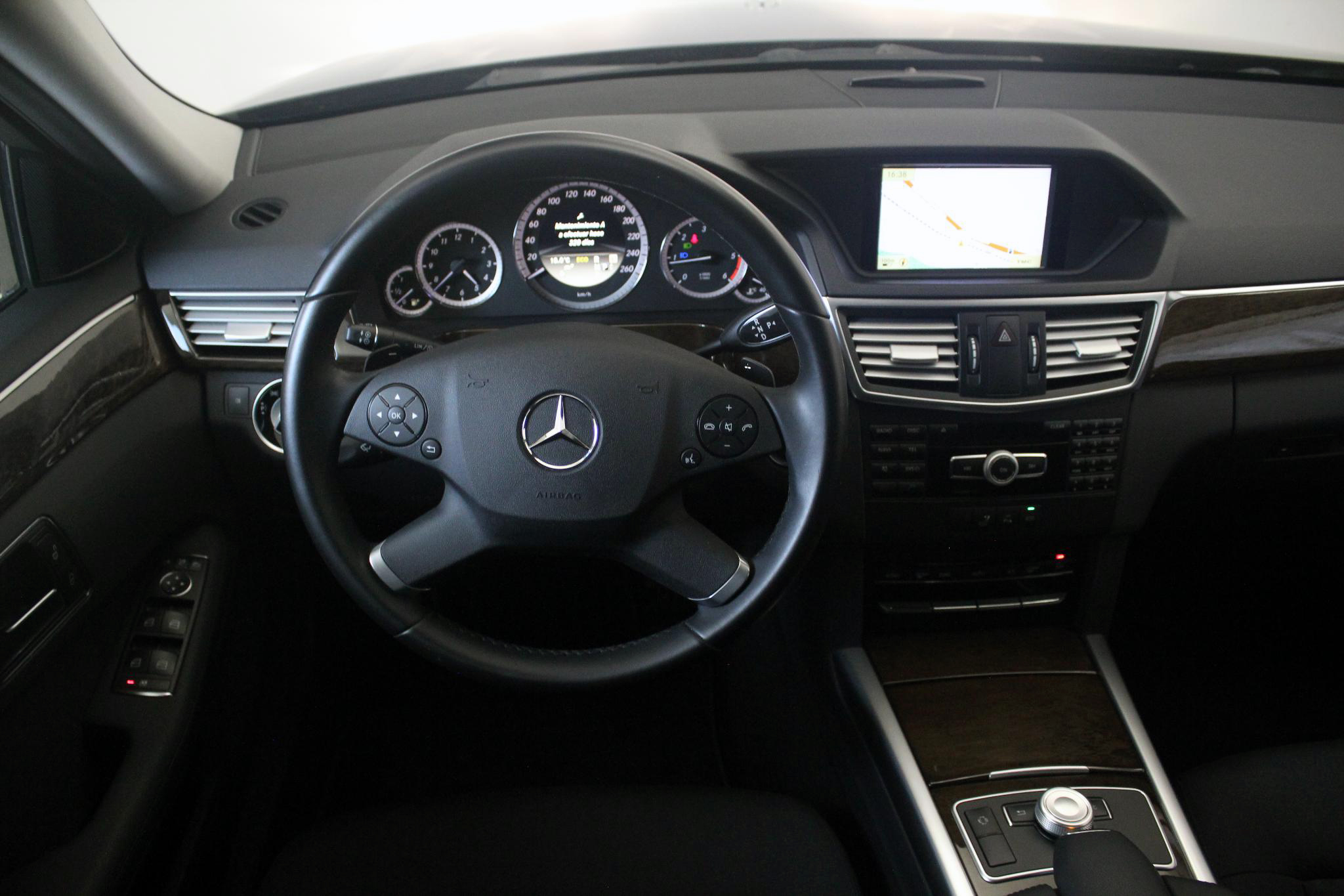 Mercedes-Benz Clase E CLASE E 250 CDI BLUE EFFICIENCY AUTO imagen 26