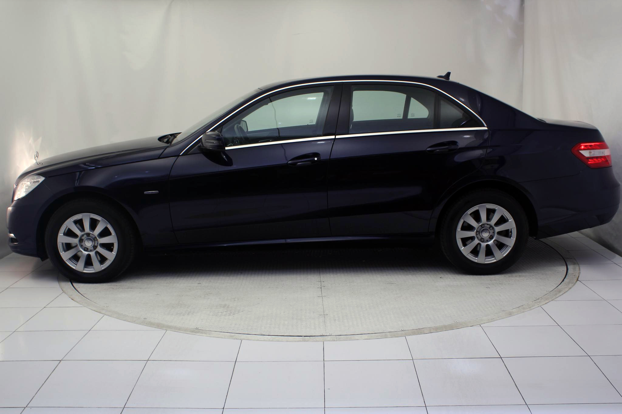 Mercedes-Benz Clase E CLASE E 250 CDI BLUE EFFICIENCY AUTO imagen 8
