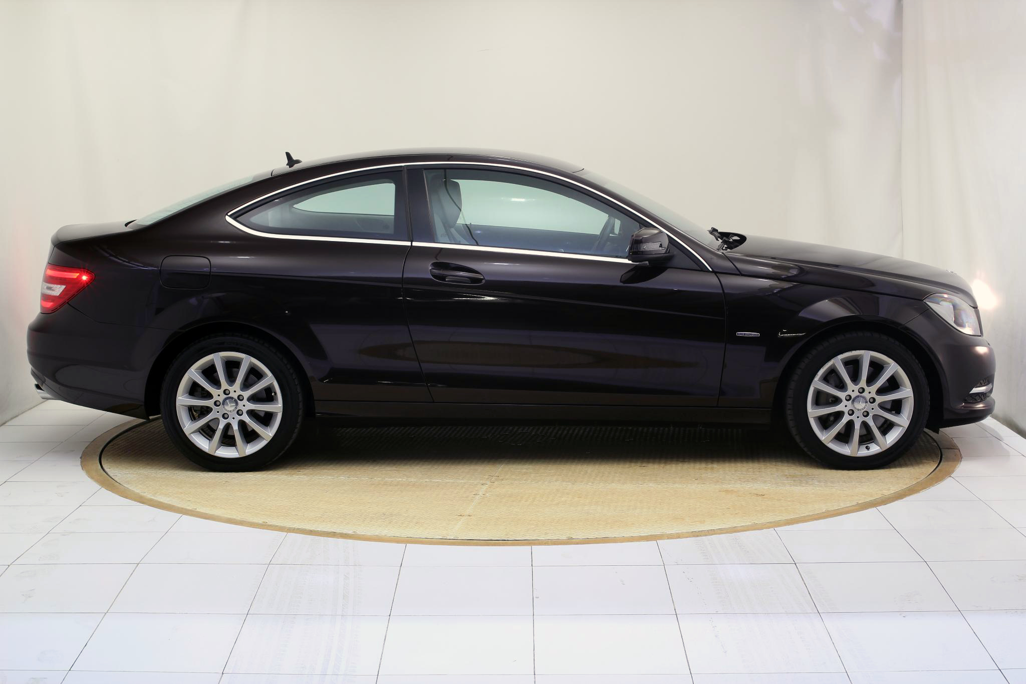 Mercedes-Benz Clase C CLASE C 350 COUPE BLUE EFFICIENCY AUTO imagen 4