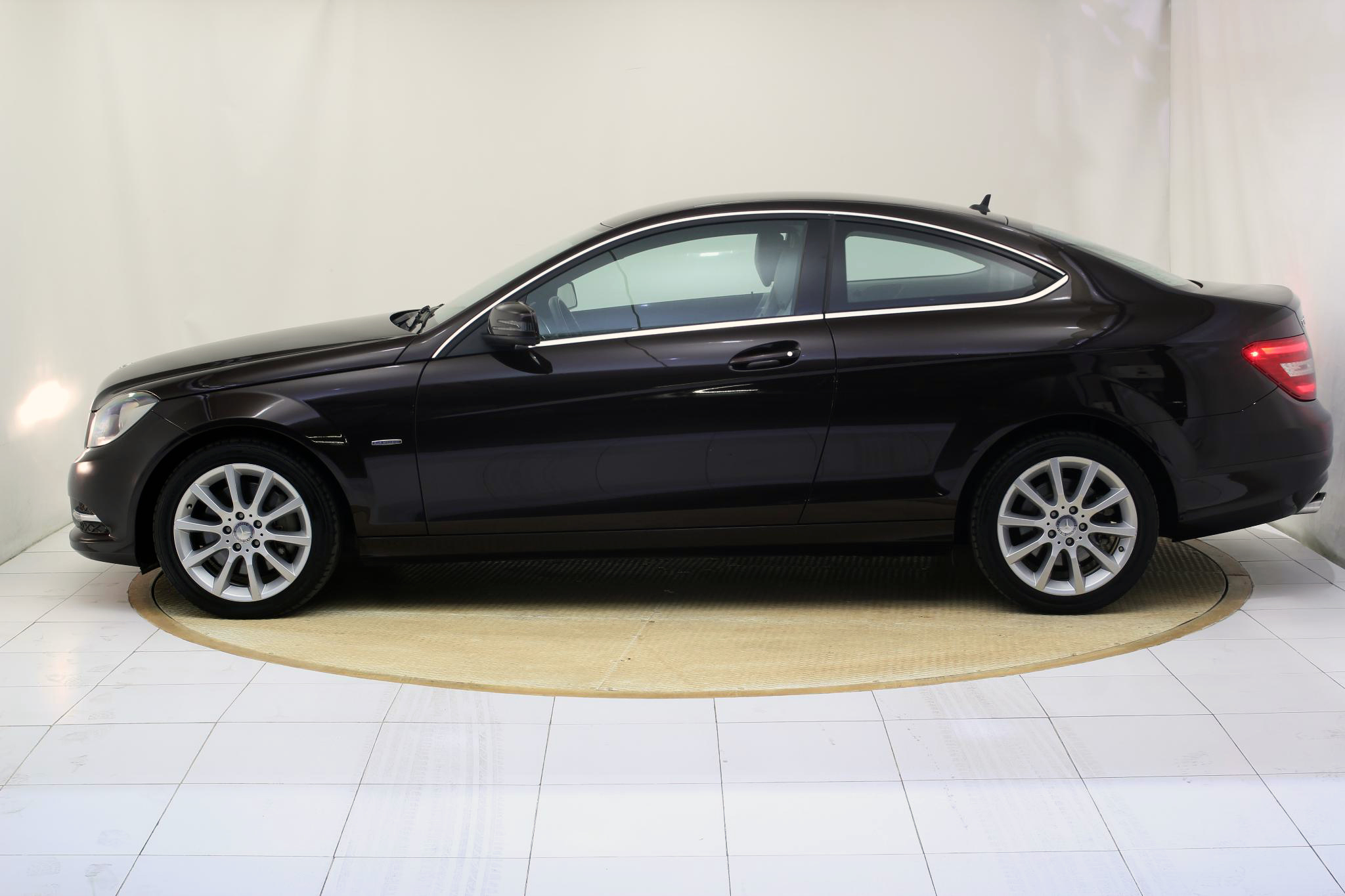 Mercedes-Benz Clase C CLASE C COUPE 350 BLUE EFFICIENCY AUTO imagen 8