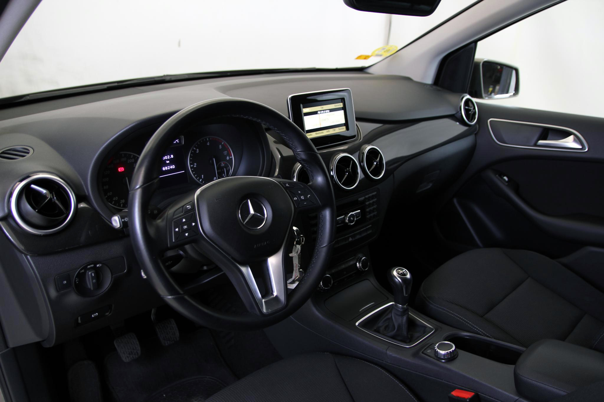 Mercedes-Benz Clase B CLASE B 180 CDI BLUE EFFICIENCY 5P imagen 19