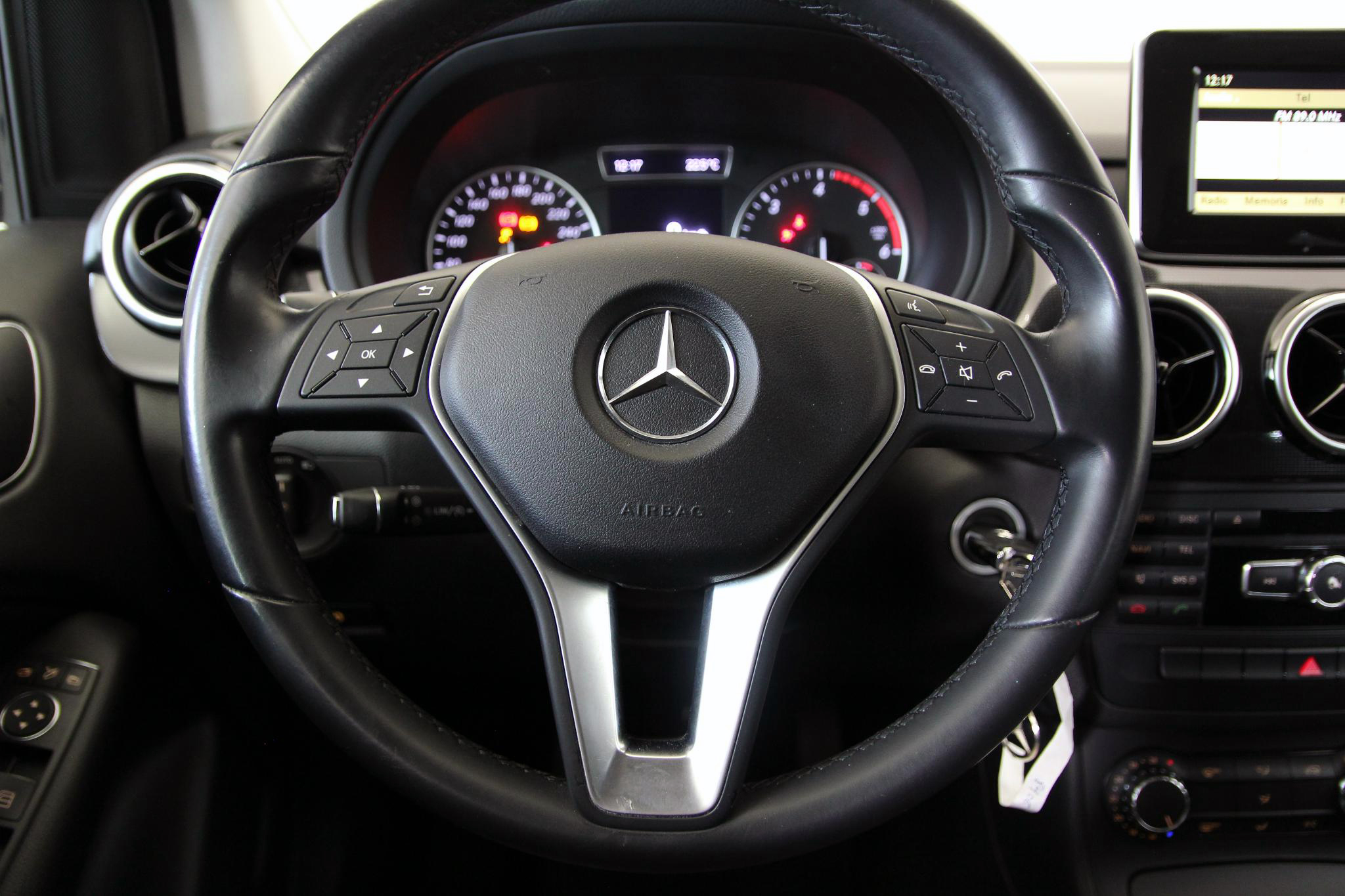 Mercedes-Benz Clase B CLASE B 180 CDI BLUE EFFICIENCY 5P imagen 20