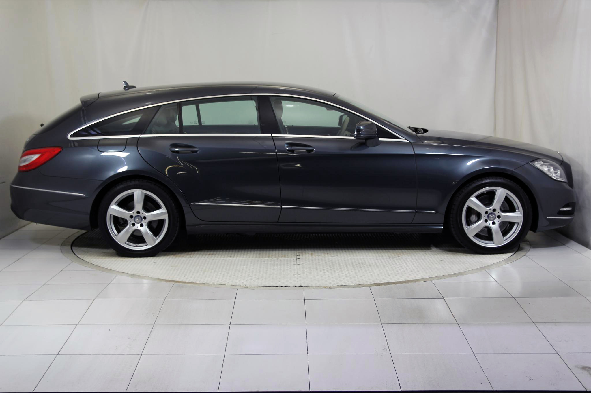 Mercedes-Benz Clase CLS CLS SHOOTING BRAKE 350 CDI AUTO imagen 5