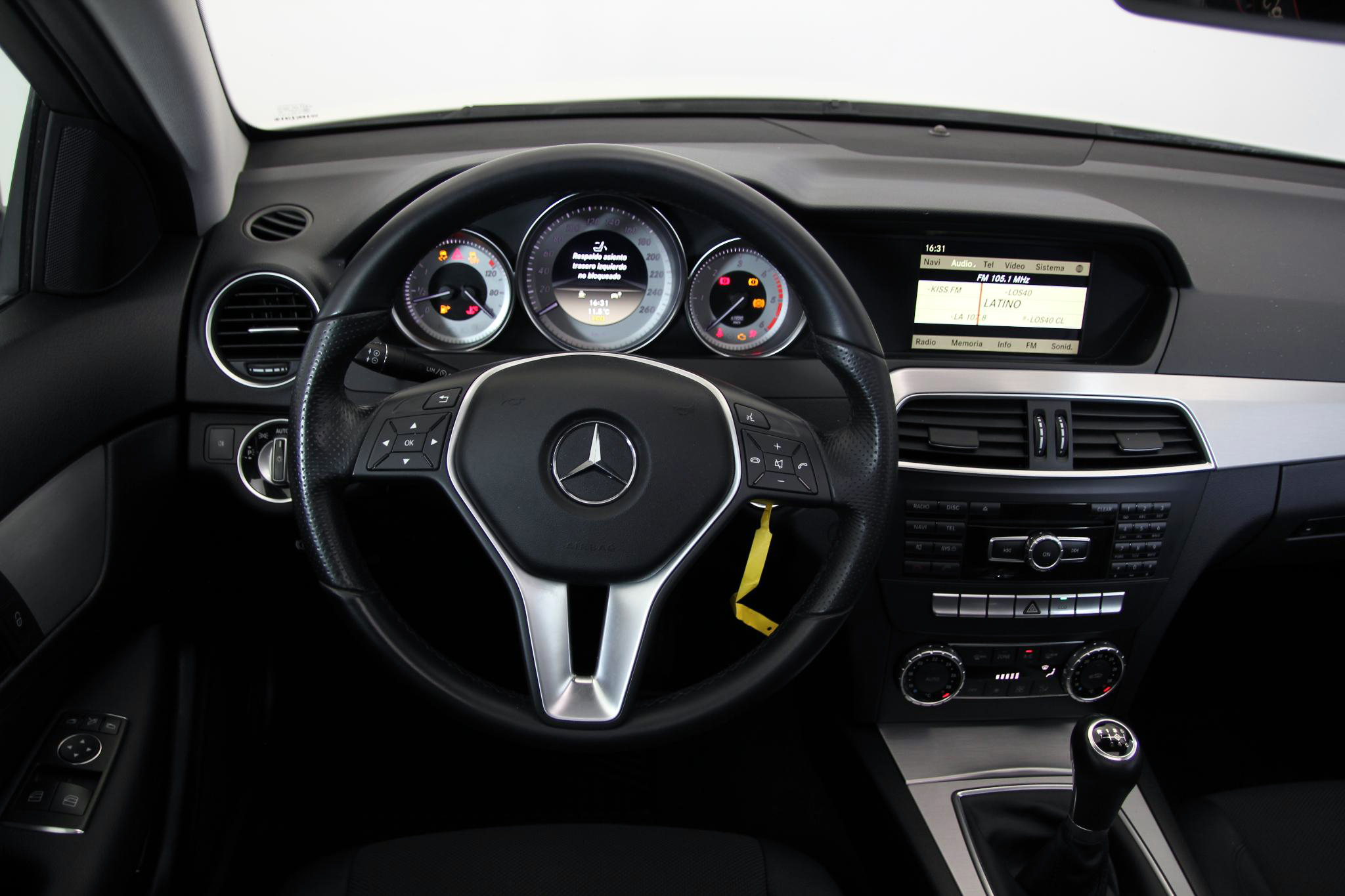Mercedes-Benz Clase C CLASE C COUPE 220 CDI BLUE EFFICIENCY imagen 11