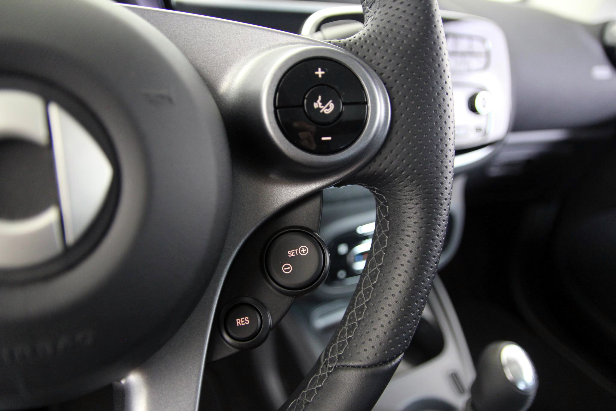 Smart fortwo 66 COUPE imagen 24